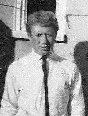 1966 Derek Perry retouch